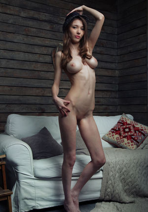 Нет ничего лучше чем смотреть на красивые натуральные груди молодой красотки